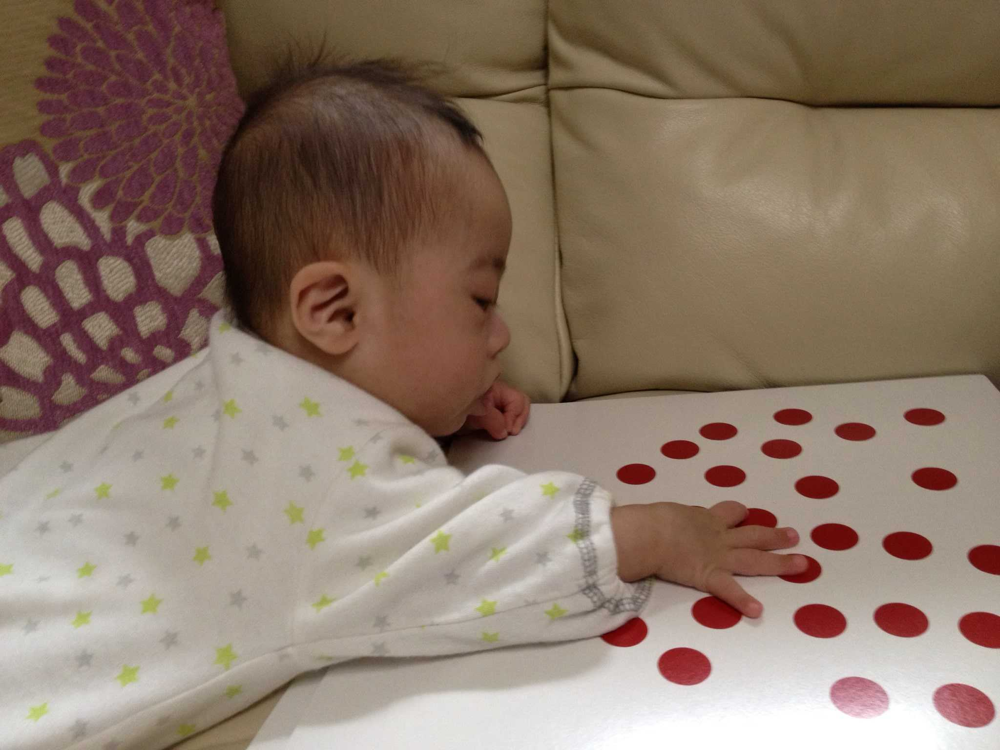 down-syndrome-child-taught-read-math